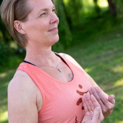 Profielfoto Yvonne Alefs - Qigong docente Yoga bij De Lichtplaats